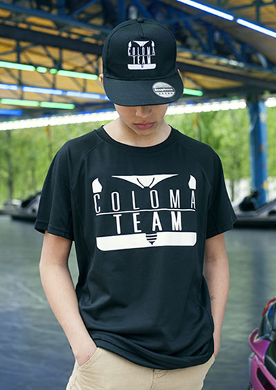 Gorra y camisetas negras Coloma Team